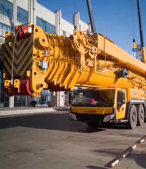 乌兰察布70吨重型吊